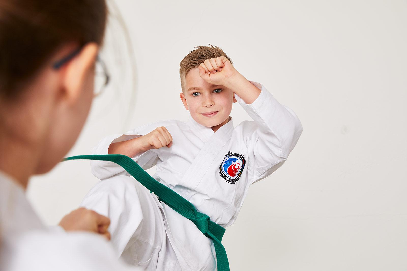 Taekwondo-Grüngurt Junge Close