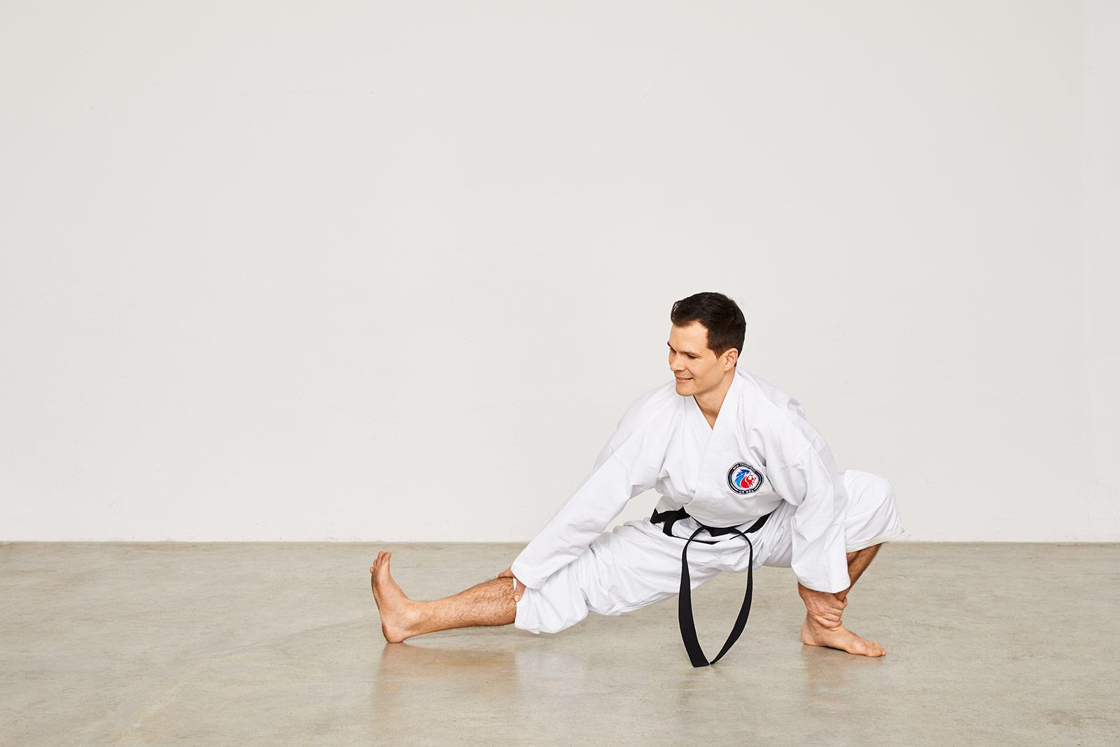 Taekwondo Stretching: Hugol-Sogi, Maximilian Metzner